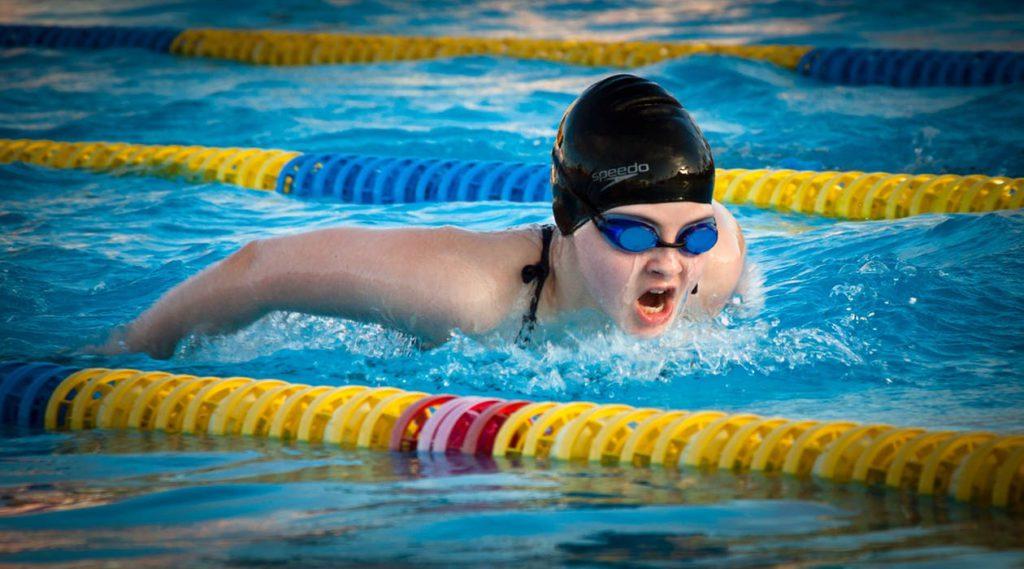 Natación, fotografía deportiva en pabellones